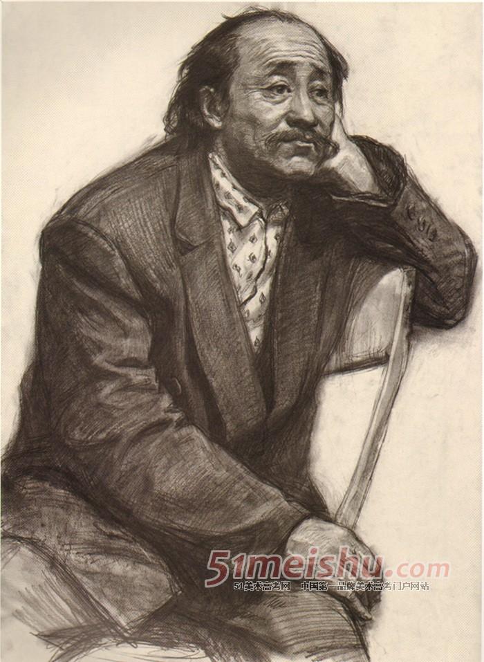 央美精英档案 中年男子半身像素描写生作品